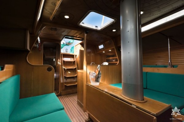 ecoboat ibiza intérieur
