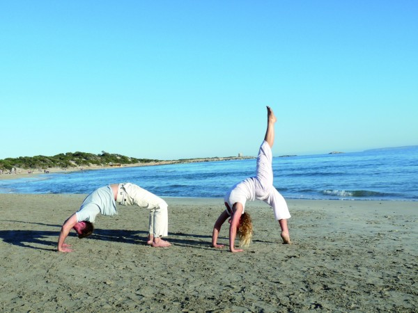 SPORTS Yoga en la playa FU