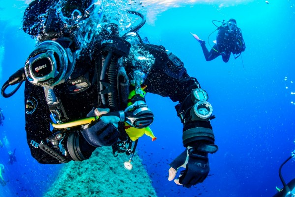 scuba buceo 2 inmersiones